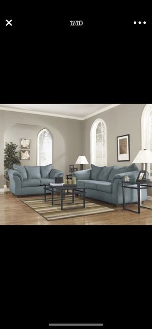 couch and love seat set for Sale in Benjamin, UT