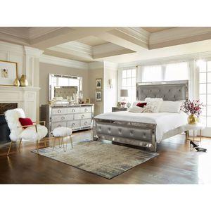 Brand New Queen Ava mirrored luxury 4pc bedroom set for Sale in Hayward, CA