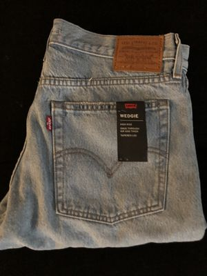 Wedgie Levi's original jeans for women for Sale in Los Angeles, CA