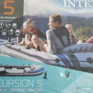 New 5 Person inflatable Kayak for Sale in Parkville, MD