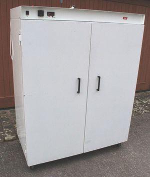 Incubator,,,,,incubadora ....leech p33 for Sale in Durham, NC
