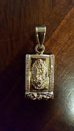 Gold filled pendant for Sale in Severn, MD