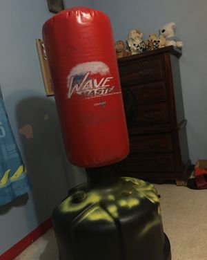 Wave master punching bag for Sale in NW PRT RCHY, FL