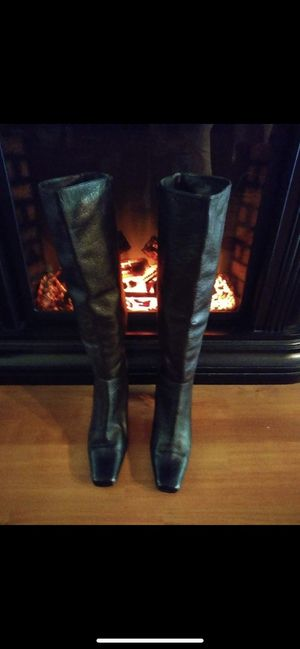 Women's knee high boots for Sale in Millersville, MD