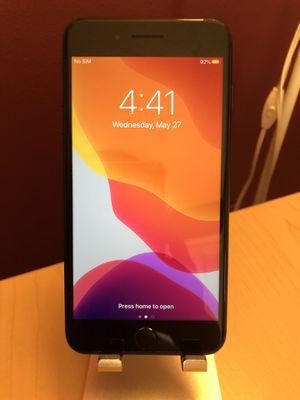 iPhone 7 Plus unlocked (desbloqueado) for Sale in Ocoee, FL