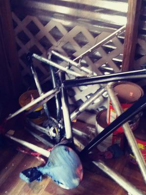 Trek bicycle frame and cannondale bike frame for Sale in Tampa, FL