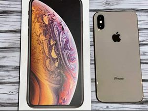 Apple iPhone x gold 256gb for Sale in New York, NY