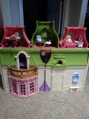 Fisher Price Doll House for Sale in Cheyenne, WY