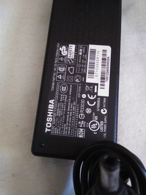 TOSHIBA AC POWER ADAPTER 19V - 3.95A FOR LAPTOP for Sale in Escondido, CA