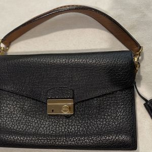 """Prada Black Leather! 11.5""""w X 8""""h VERY GOOD for Sale in Chicago, IL"""