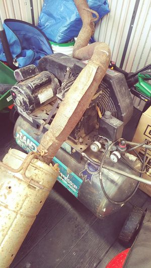AIR COMPRESSOR for Sale in Lawrence, MA