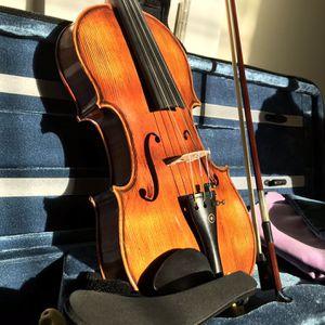 Violin 4/4 + Case + Bow + Shoulder Rest ($75, originally $300) for Sale in Bellevue, WA