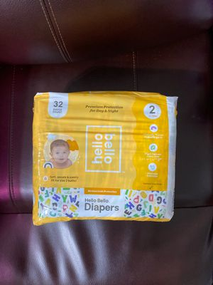Hello bellow diapers size 2 for Sale in Opa-locka, FL
