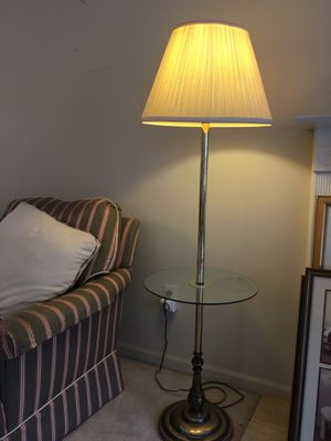 Floor Lamp for Sale in Livonia, MI