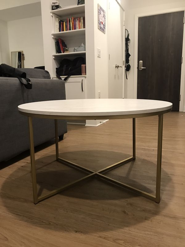 Coffee table - White