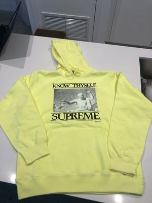 Supreme Hoodie AUTHENTIC size Large for Sale in Miami, FL