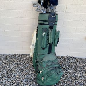 Full Set of Men's Golf Clubs, shoes and balls for Sale in Phoenix, AZ