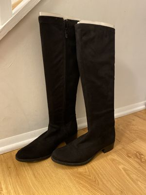 Knee high Boots for Sale in Gaithersburg, MD