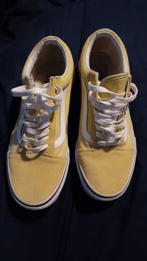 Vans shoes women's size 8.5 for Sale in Belvidere, IL