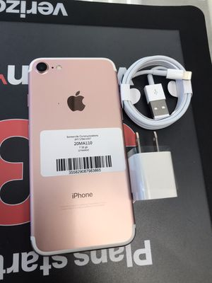 Factory Unlocked iPhone 7 32 gb for Sale in Somerville, MA