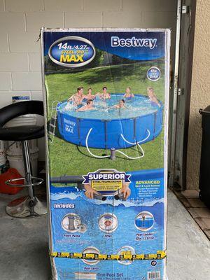 Bestway 14 x 42 Steel Pro Max Pool for Sale in Belle Isle, FL