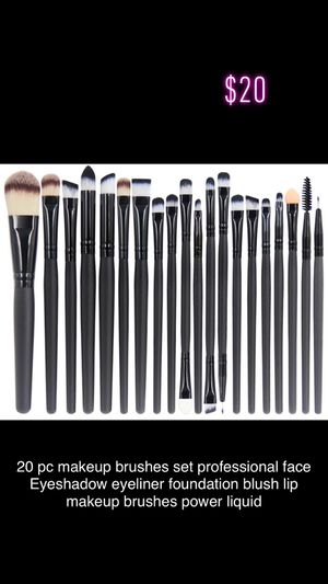 Makeup brushes set for Sale in Pixley, CA