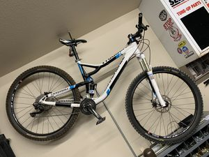Cannondale trigger 4 mountain bike large frame 29 inch for Sale in Bonita, CA