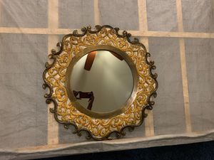 Wall decor mirror for Sale in Houston, TX