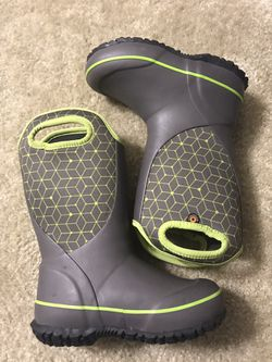 Kids size 11 rain boots for Sale in Evesham Township,  NJ