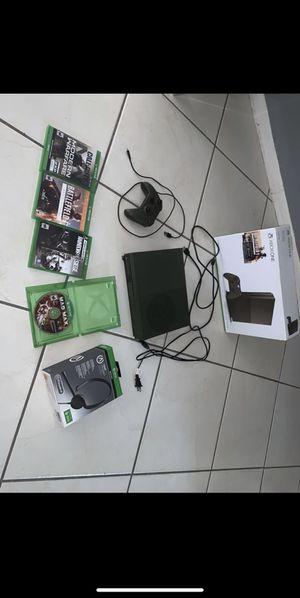 Xbox one console for Sale in Miami Gardens, FL
