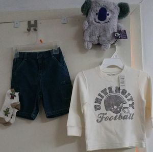 Kid's clothes size 4t ,sweater, Jean short, Socks, pillowpet, new with tag, from The Children Place for Sale in Lyndhurst, NJ