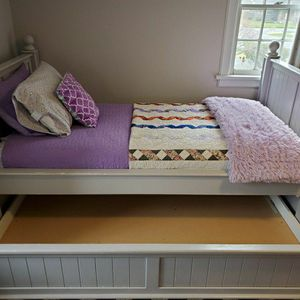 Twin Size Trundle Bed | Solid Wood for Sale in Bonney Lake, WA