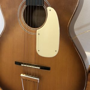Vintage True Tone Flat Top Acoustic Guitar W/Case for Sale in Houston, TX