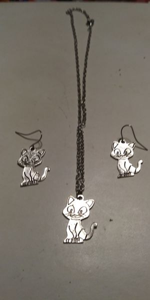 Cat necklace and earrings set for Sale in Brainerd, MN