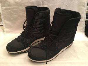 Adidas cw Choleah padded cp boots Black/Chalk White/Clear Onix size 7 1/2 woman for Sale in Kissimmee, FL