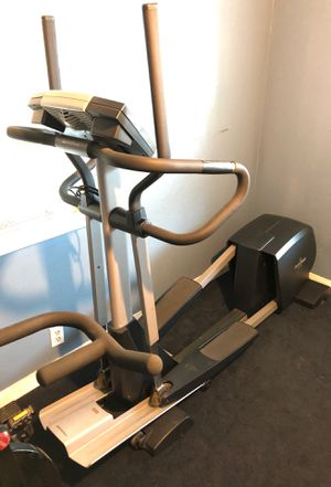 NordicTrack cx990 elliptical for Sale in CRYSTAL CITY, CA