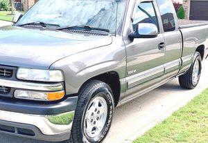 ֆ12OO 4WD CHEVY SILVERADO 4WD for Sale in Los Angeles, CA