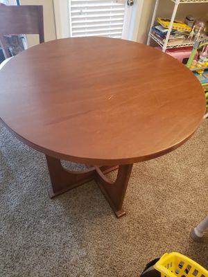 Wooden high top kitchen table set - MUST GO OR TRASH for Sale in Tampa, FL