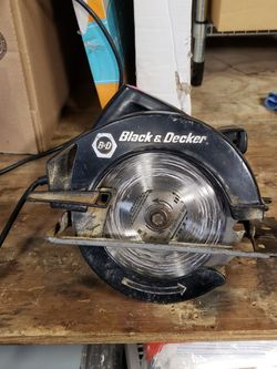 """Black and Decker 7 1/4"""" Circular Saw for Sale in Chicago,  IL"""