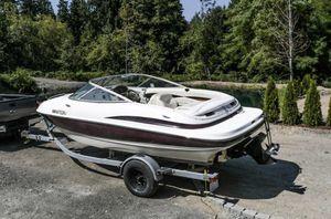 2001 Maxum boat for Sale in Shoreline, WA