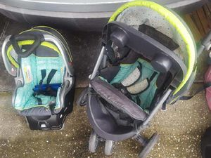3 Car seats and 2 strollers for Sale in Ocoee, FL