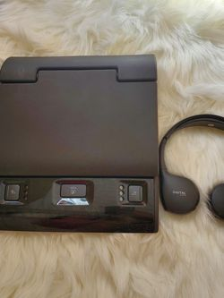 GMC Video Monitor and headphones for Sale in Mesquite,  TX