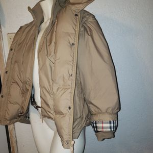 Women's Burberry coat M for Sale in Fort Lauderdale, FL