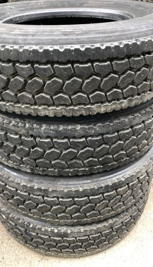 SEMI TRUCK TIRES NEED TO BE GONE!!!! Mainly recaps all trailer recaps new or used $75 drives $100-$150 for Sale in Federal Way, WA