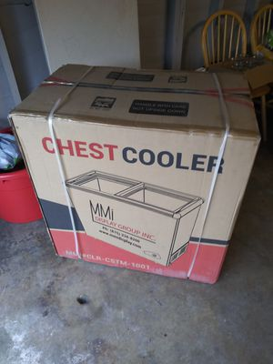 Mmi chest cooler brand new for Sale in Los Angeles, CA