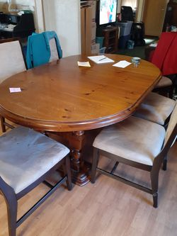 Dining table /6 chairs. Make offer for Sale in Gallatin,  TN