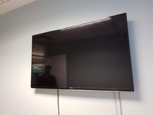 Samsung 47 inch hdtv for Sale in Chicago, IL