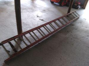Louisville 28ft fiberglass extension ladder for Sale in Austin, TX