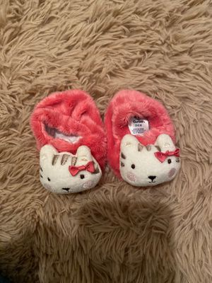 Baby slippers for Sale in Buckeye, AZ