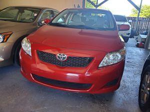 2010 toyota Corolla LE for Sale in Pompano Beach, FL